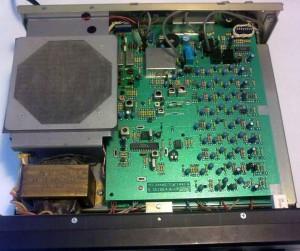 Радиоприемник Drake R8 без верхней крышки