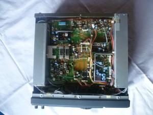 Радиоприемник ICOM IC-R71 без верхней крышки