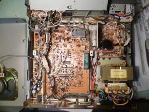 Радиоприемник Kenwood R-5000 без верхней крышки