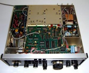 Радиоприемник Drake R7 без верхней крышки