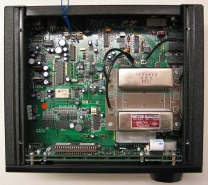 Радиоприемник AOR AR7030 без верхней крышки