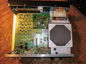 Радиоприемник Drake R8B без верхней крышки
