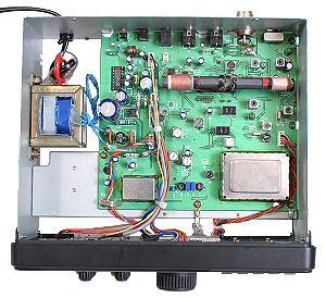 Радиоприемник Realistic DX-394 без верхней крышки