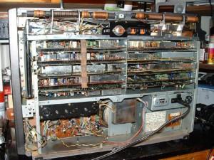 Радиоприемник Panasonic RF-9000 без задней крышки