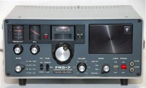 Радиоприемник Yaesu FRG-7 раняя модель