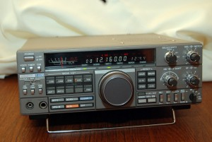 Радиоприемник Kenwood R-5000