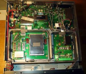 Радиоприемник ICOM IC-R8500 без верхней крышки