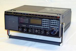 Радиоприемник Philips D-2999