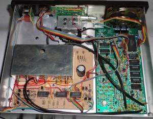 Радиоприемник Heathkit SW-7800 без верхней крышки