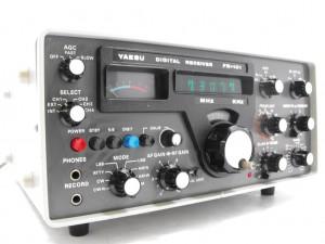 Радиоприемник Yaesu FR-101D
